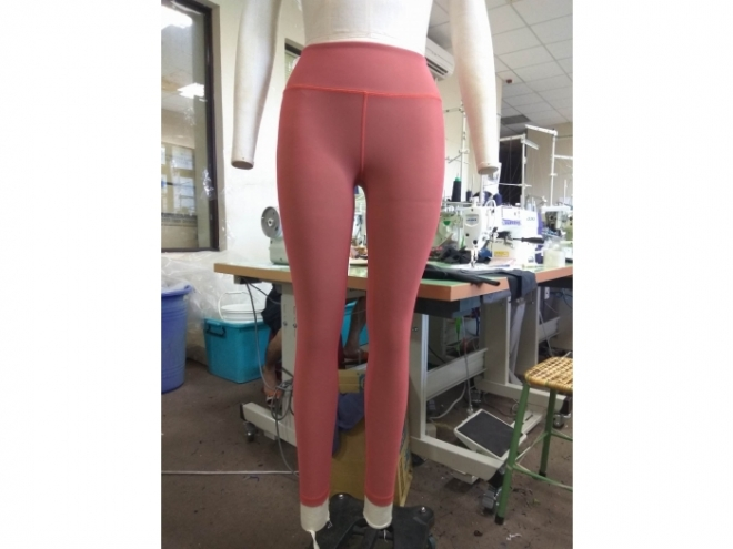 1801-PB001-17F 塑身閃色褲系列(女) 正